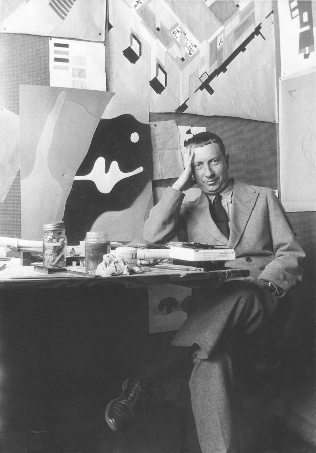 Hans Arp at Atelier Aubette, Straßbourg, 1927 © Archive of Stiftung Arp e.V. Rolandswerth/Berlin, photographer: unknown