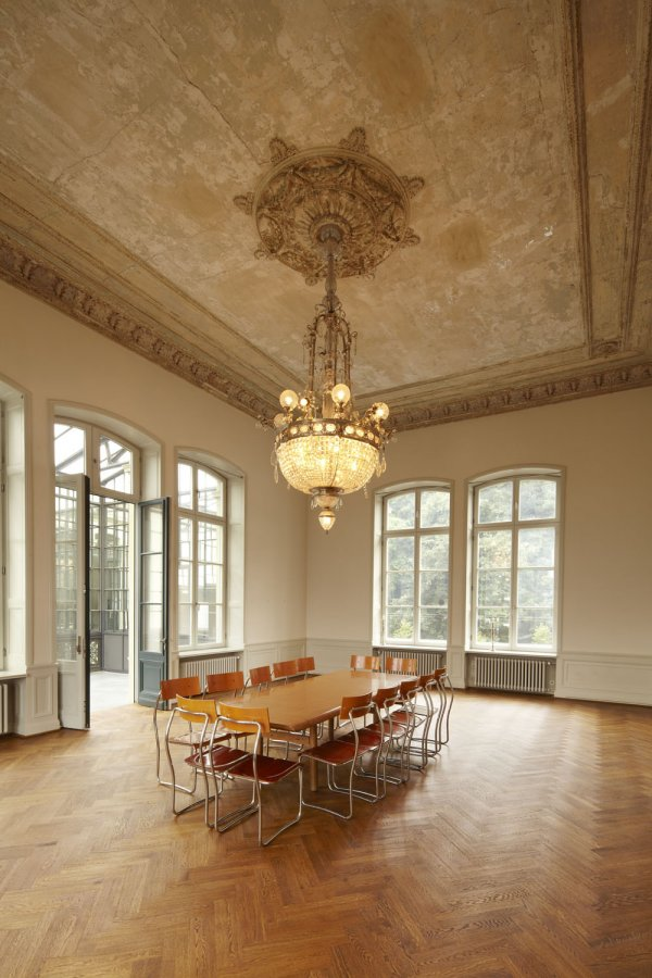 The conference room in Bahnhof Rolandseck © Photo: U. Pfeuffer, GDKE