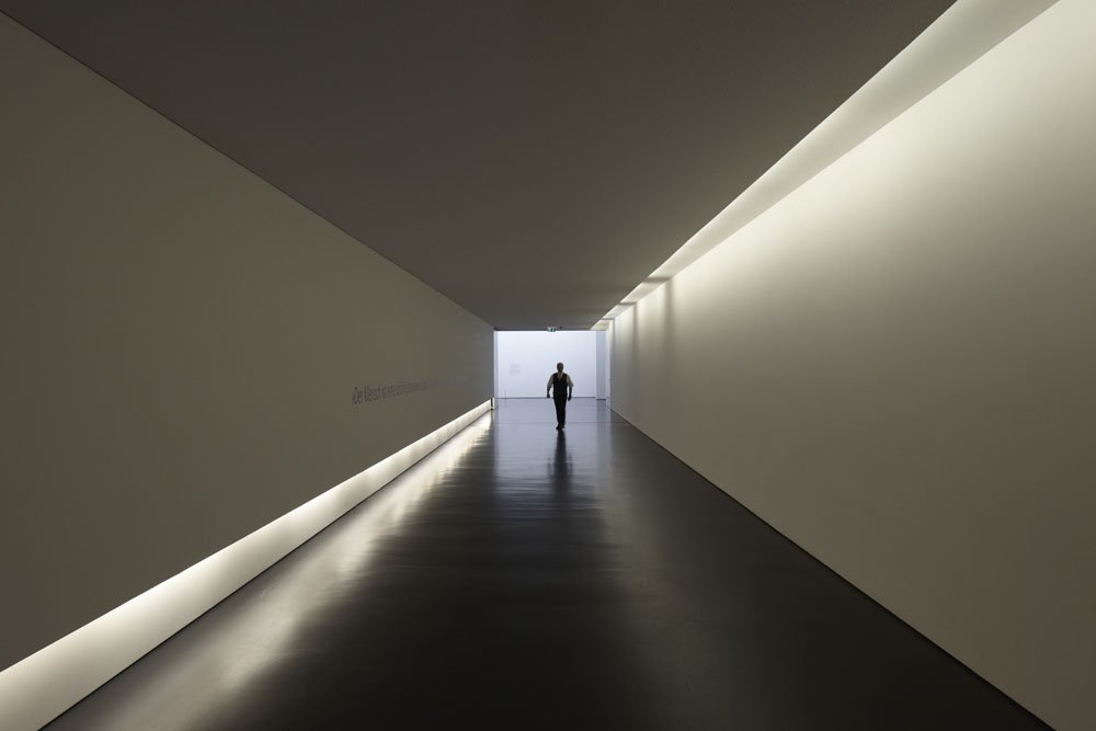 Entrance corridor of the Arp Museum © Photo: U. Pfeuffer, GDKE