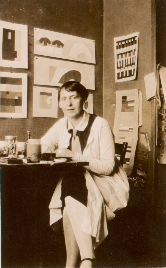 Sophie Taeuber-Arp at Atelier Aubette in Straßbourg, 1927 © Archive of Stiftung Arp e.V. Rolandswerth/Berlin, photographer: unknown