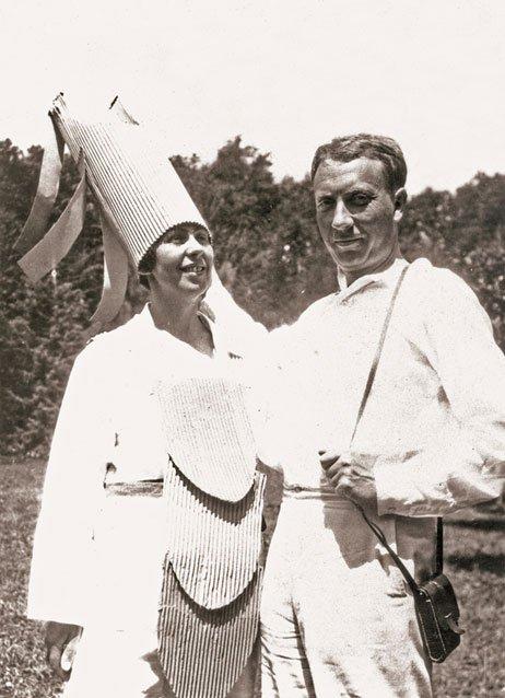 Sophie Taeuber-Arp und Hans Arp, Ascona 1925 © Archiv der Stiftung Arp e.V. Rolandswerth/Berlin, Fotograf: unbekannt