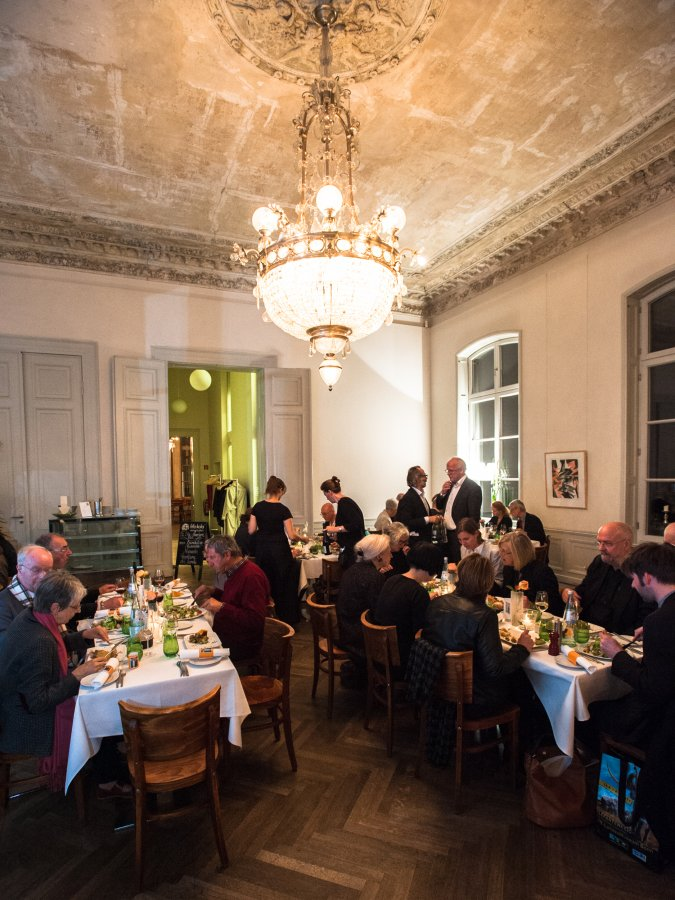 Dinner at the Preview of the exhibition »Der Max ist da!«  with the Association of Friends of the Max Ernst Museum Brühl  © Arp Museum Bahnhof Rolandseck, photo: Lothar Kornblum