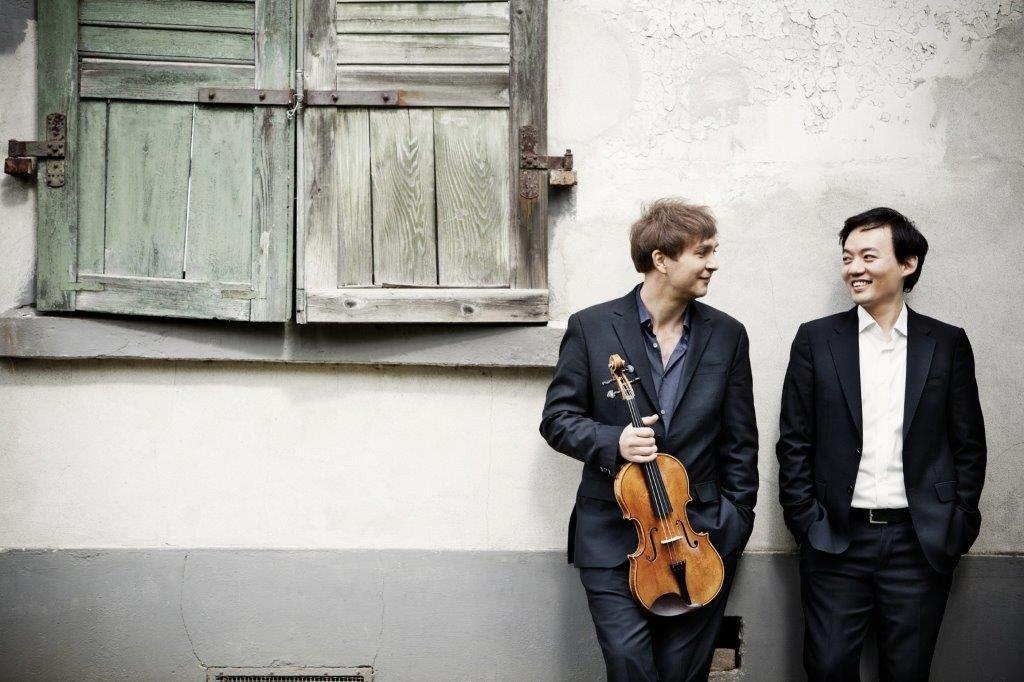 Nils Mönkemeyer und William Youn © und Foto: Irène Zandel