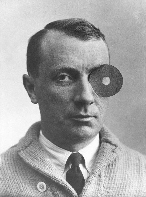 Dada-Feiertag Hans Arp